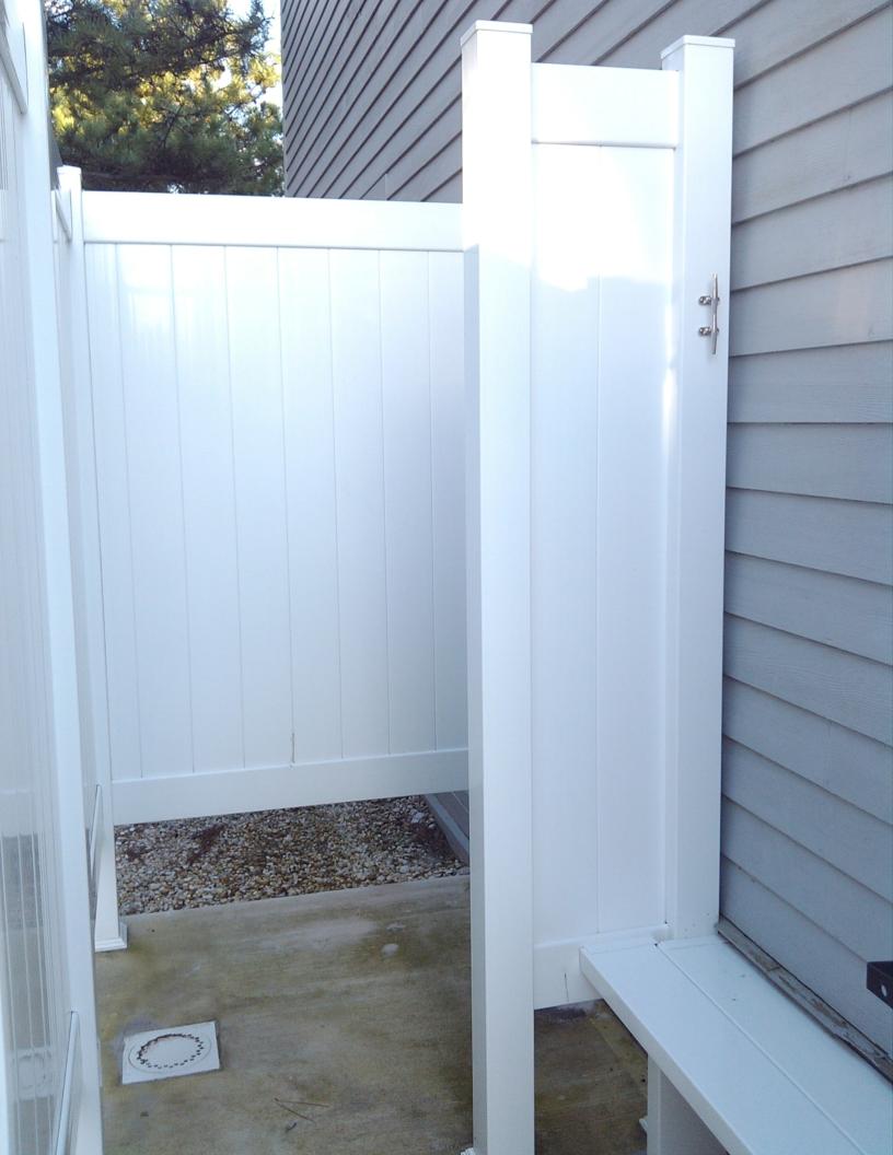 Vinyl Outdoor Shower Enclosure Sonta Berry